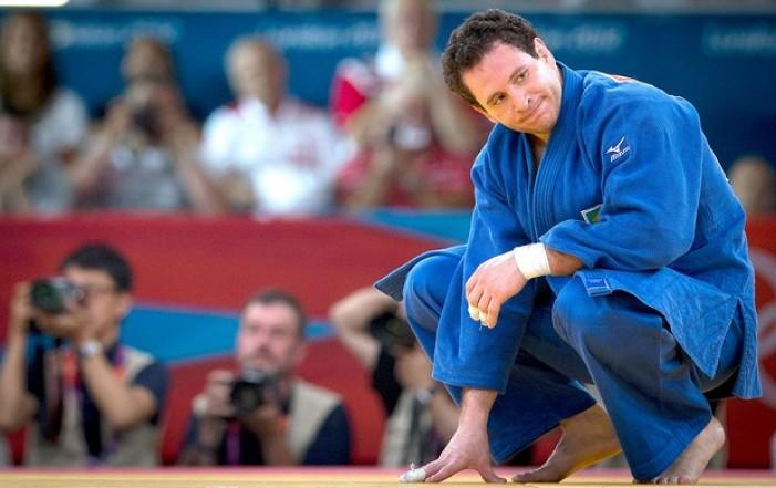 Judô: Tiago Camilo é derrotado por Mammadali Mehdiyev e se despede dos Jogos Olímpicos
