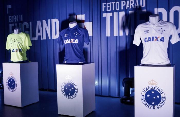 Cruzeiro lançará nova terceira camisa em homenagem ao Brasileiro de 1966