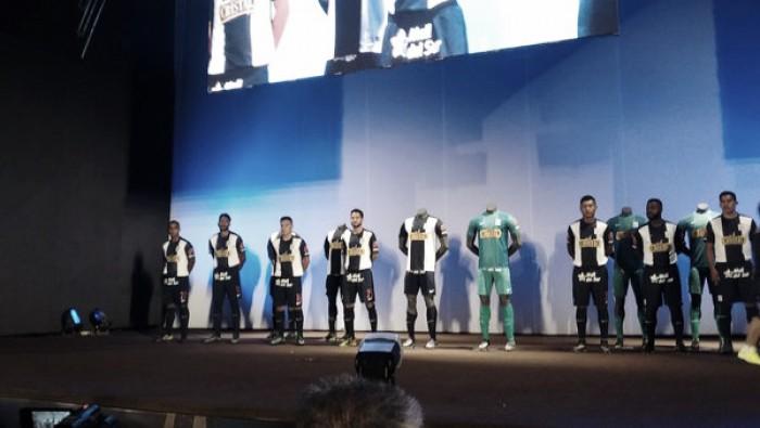 Alianza Lima presentó su indumentaria 2016 en medio de grandiosa gala