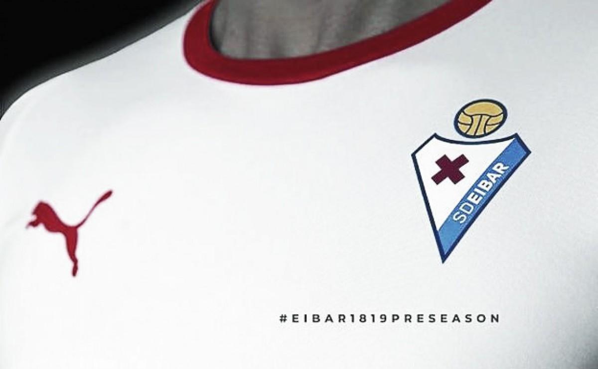 La SD Eibar hace tributo a los orígenes con su nueva equipación