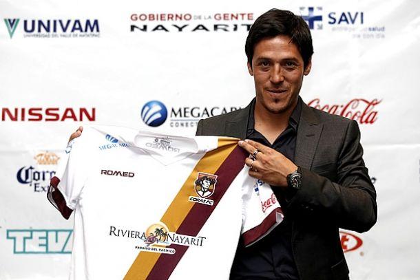 Mauro Camoranesi fue presentado como técnico de Coras