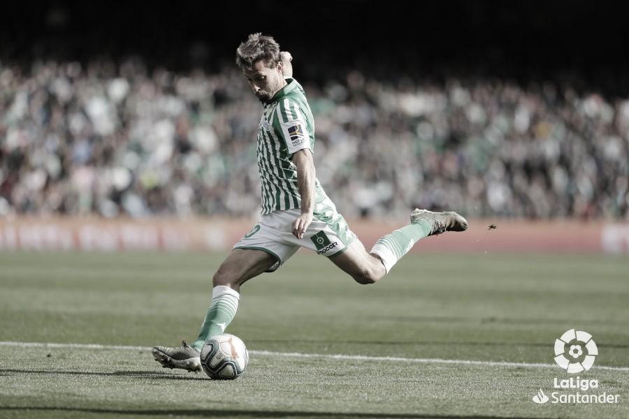Sergio Canales, de nuevo en el once ideal de FIFA 20