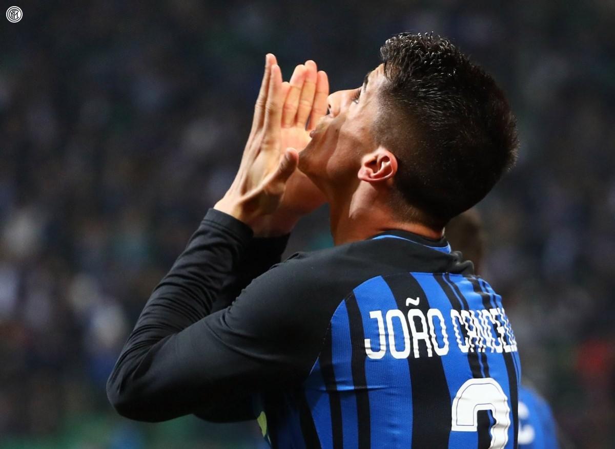 Juventus, virata decisa su Cancelo