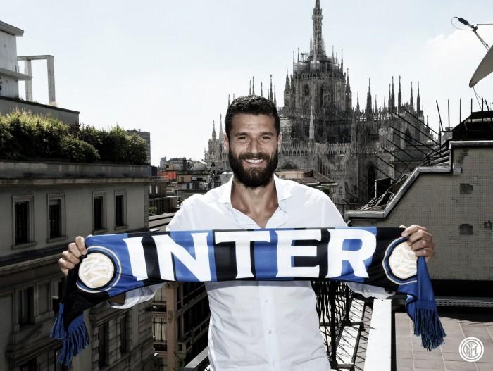 """Candreva acerta com a Internazionale por quatro anos e celebra: """"Sempre quis jogar aqui"""""""