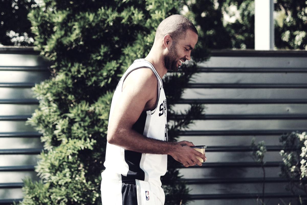 NBA - Anche Parker dà l'addio agli Spurs: firmato un biennale con Charlotte
