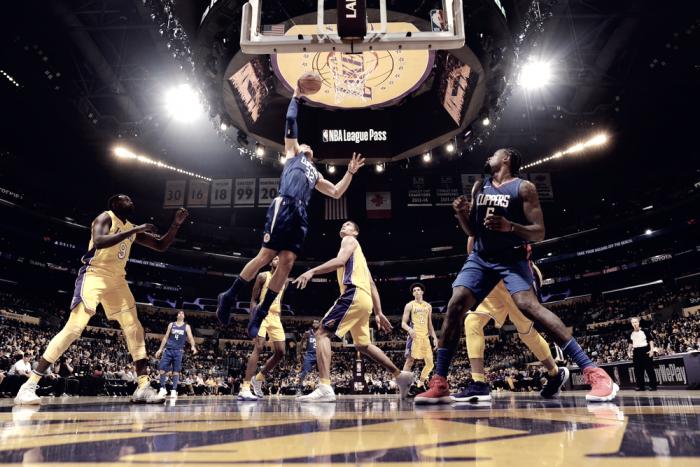 NBA - Lakers mai in partita: il derby di Los Angeles va ai Clippers