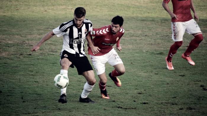 Real Balompédica Linense - Real Murcia: El Playoff se decide en La Línea