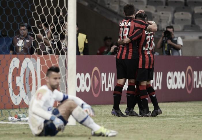 Atlético-PR domina segundo tempo, vence Cruzeiro e dorme no G-4