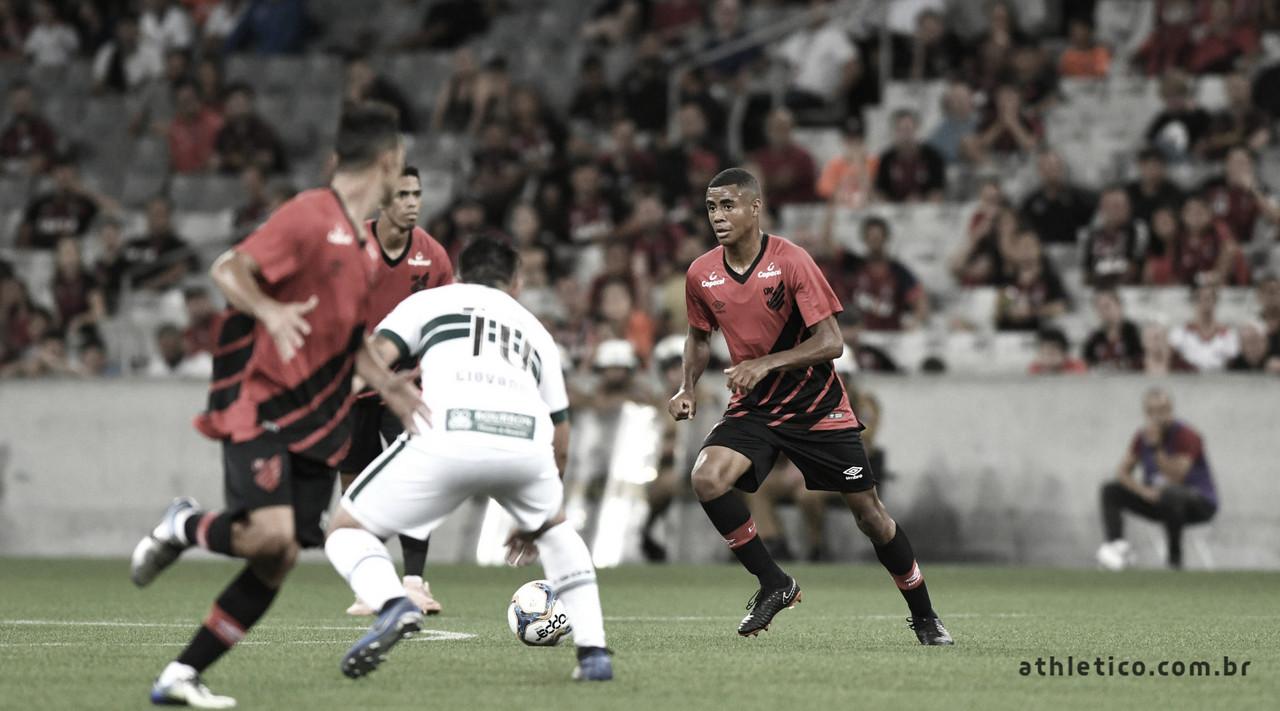 Athletico-PR e Coritiba se enfrentam pela final da Taça Dirceu Krüger