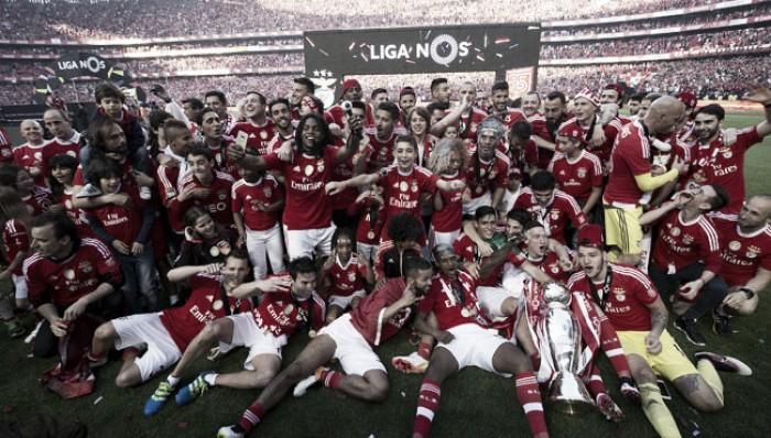 Benfica é Tri-Campeão: Picasso Gaitán pintou o quadro do 35º título das águias