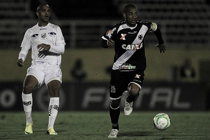 Ainda sem Nenê, Vasco recebe emergente Bragantino visando seguir isolado na liderança