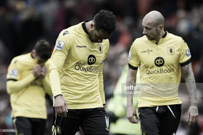 Premier League: Histórico Aston Villa desce