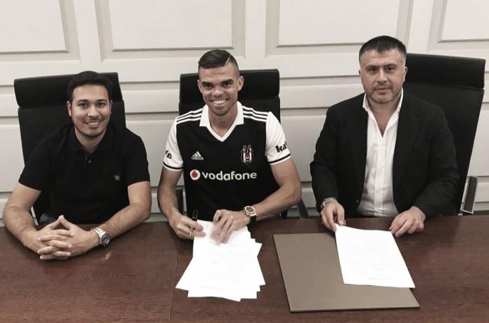 Oficial: Pepe junta-se a Quaresma no Besiktas