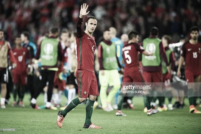 Ricardo Carvalho ao ritmo da juventude: patrão central em alta no Euro