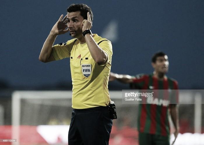 Tiago Martins apita o clássico
