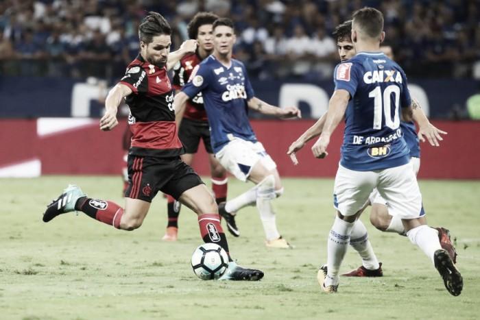 Em reedição da Copa do Brasil, Flamengo e Cruzeiro se enfrentam pelo Campeonato Brasileiro