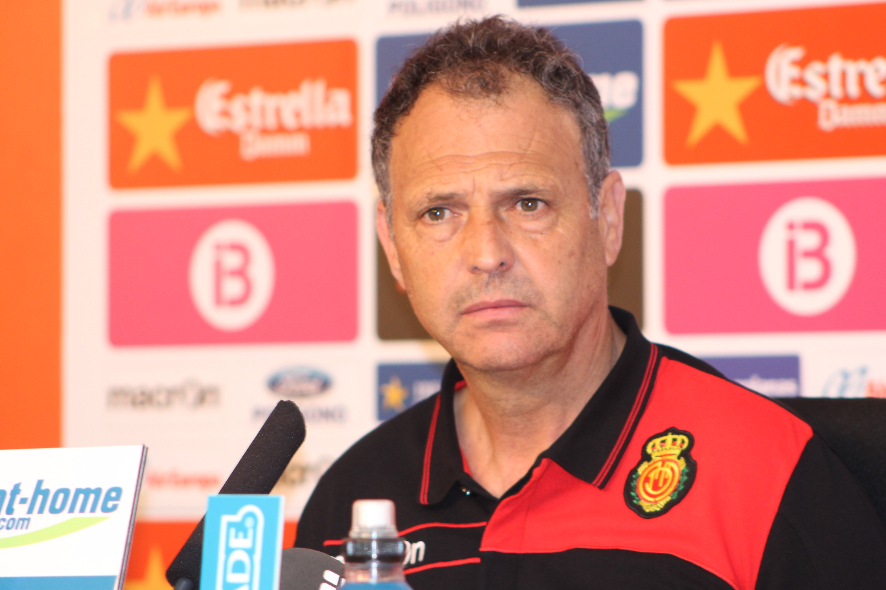 """Joaquín Caparrós: """"Hicimos méritos suficientes para ganar"""""""
