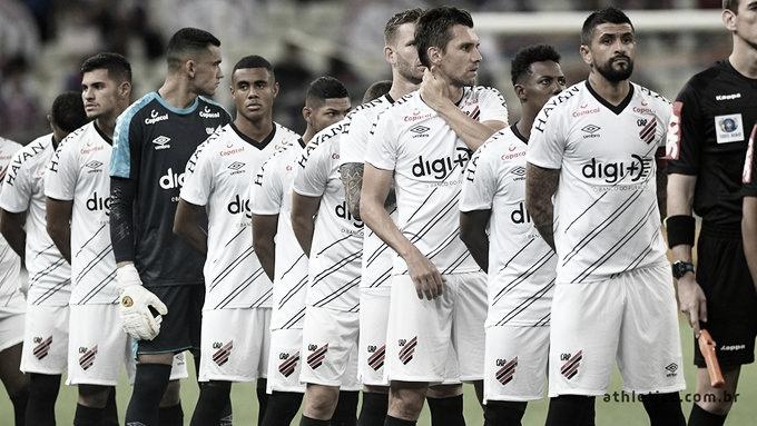 De olho na Recopa, Athletico-PR vai com time misto para encarar o Corinthians em Curitiba