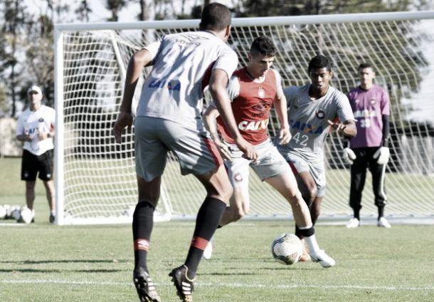 Atlético-PR inicia semana de trabalhos para duelo contra o Botafogo
