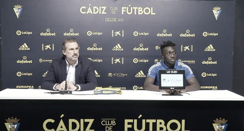 Presentación de Bobby Adenkaye / Web Oficial del Cádiz CF.