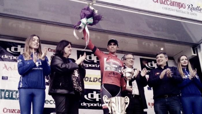 Pinot le arrebata la victoria a Contador, que es el nuevo líder