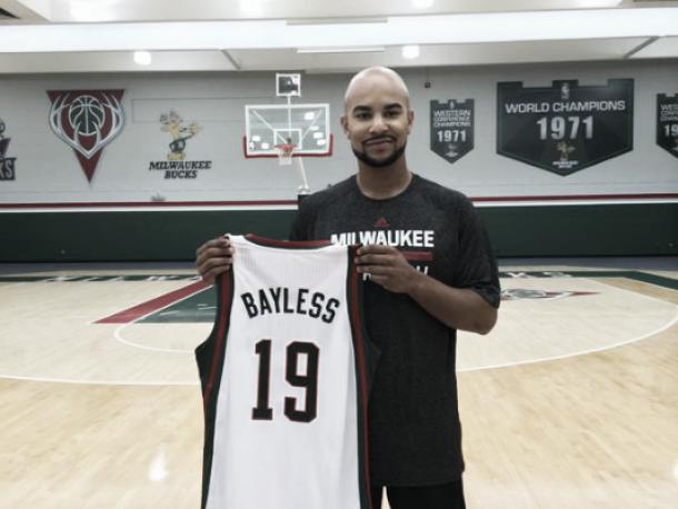 Jerryd Bayless apuesta por el proyecto de los Bucks