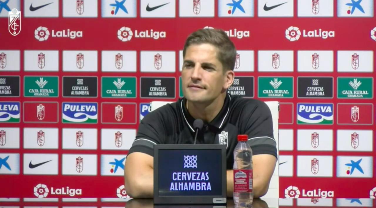 """Robert Moreno: """"Es muy bonito ver a la gente disfrutando del equipo"""""""