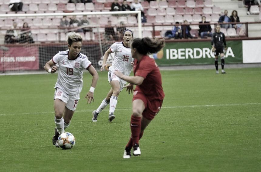"""Lola Gallardo: """"El equipo, defensivamente, ha estado de diez"""""""