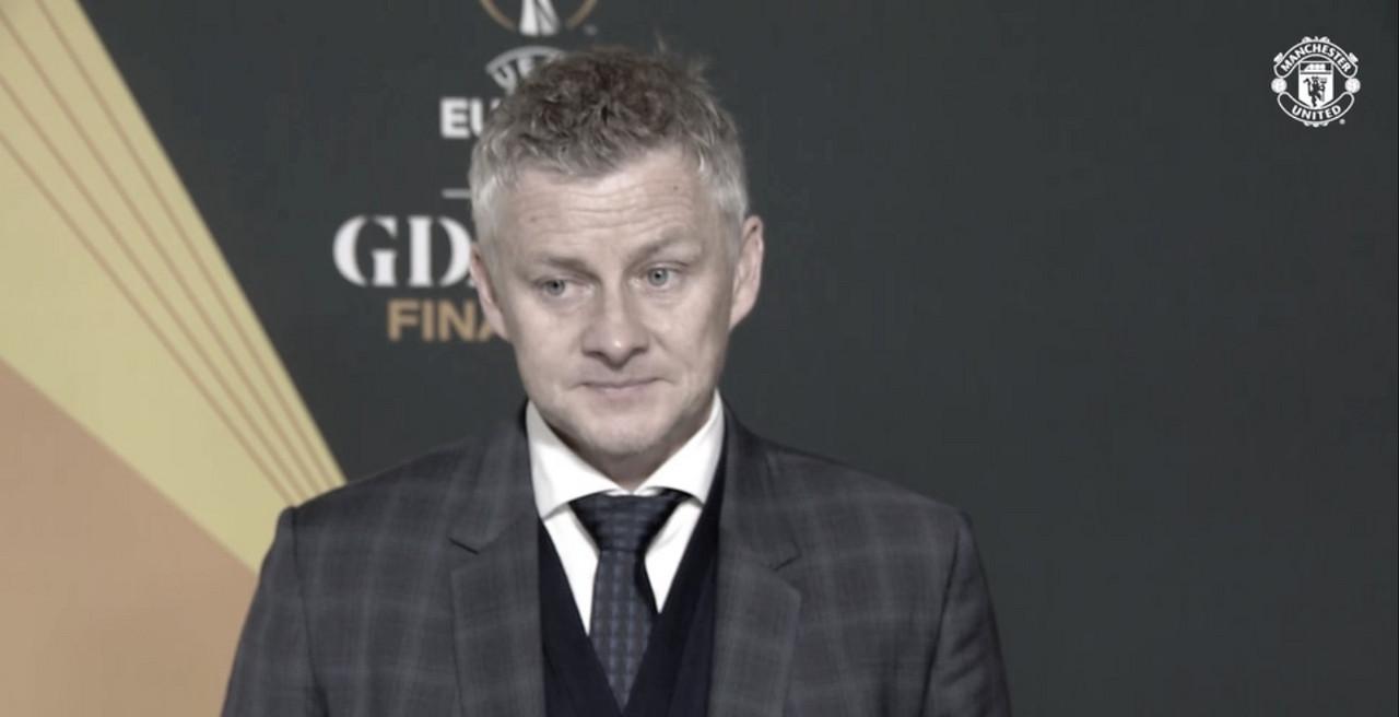 """Decepcionado, Solskjaer lamenta derrota do Manchester United na final da Europa League: """"Não criamos grandes chances o suficiente"""""""
