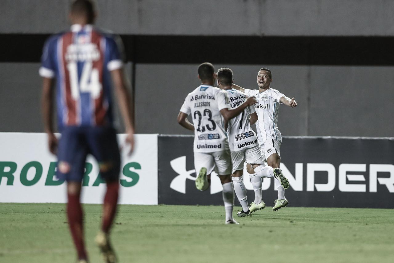 Grêmio bate Bahia em Salvador e quebra jejum de seis jogos sem vitória