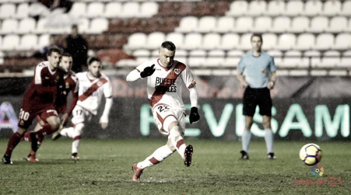 Raúl de Tomás no jugará ante el Oviedo