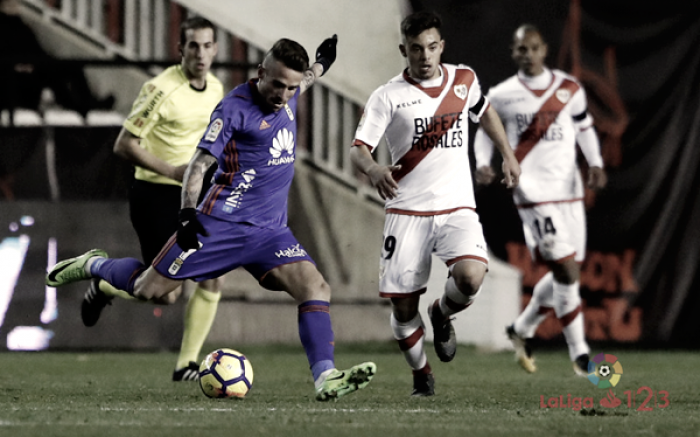 Pérez Pallas logra un suspenso tras su actuación en el Rayo Vallecano - Oviedo