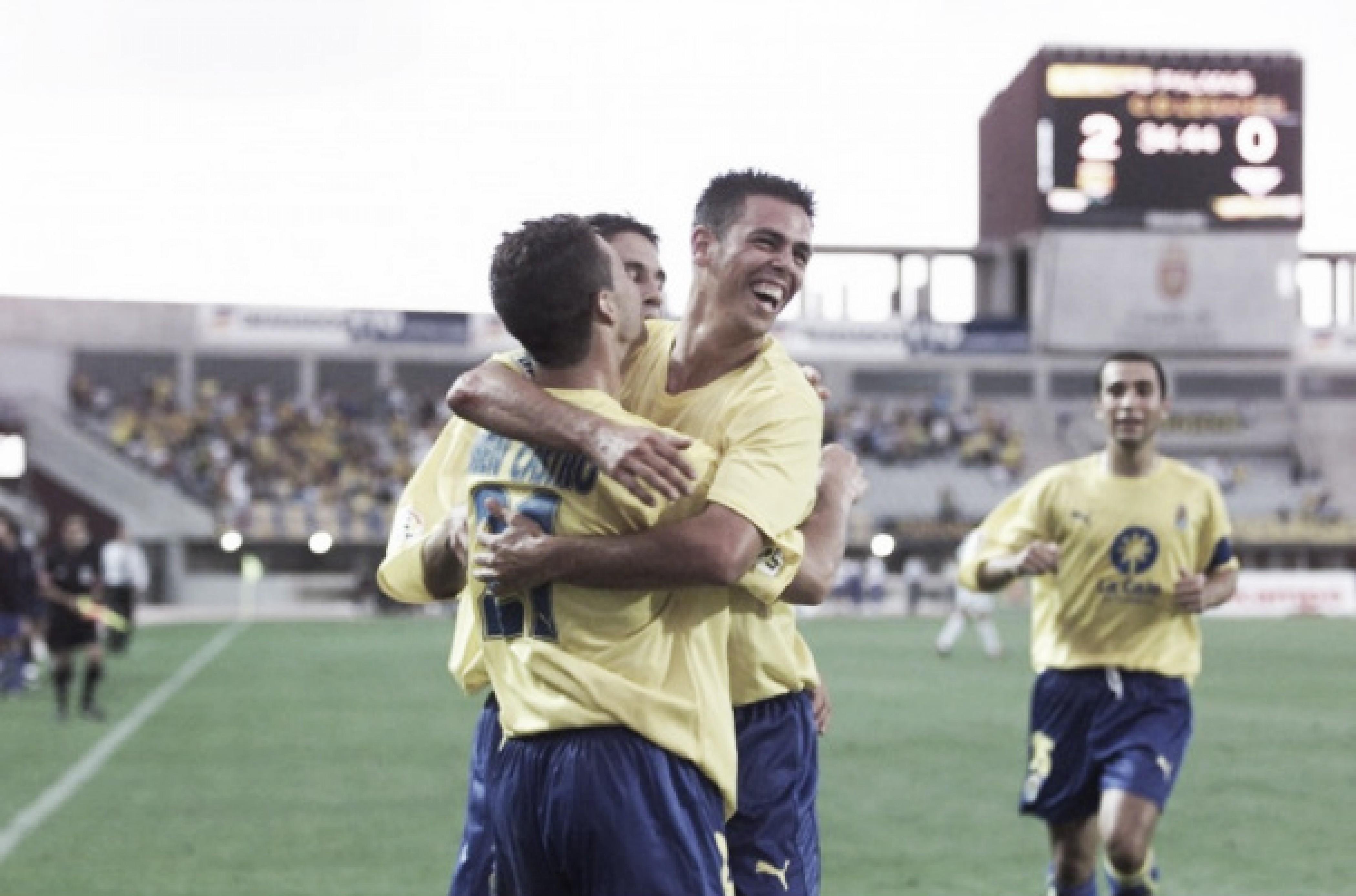 Jugadores de la UD celebran el segundo tanto logrado en aquel encuentro. Imagen: udlaspalmas.es