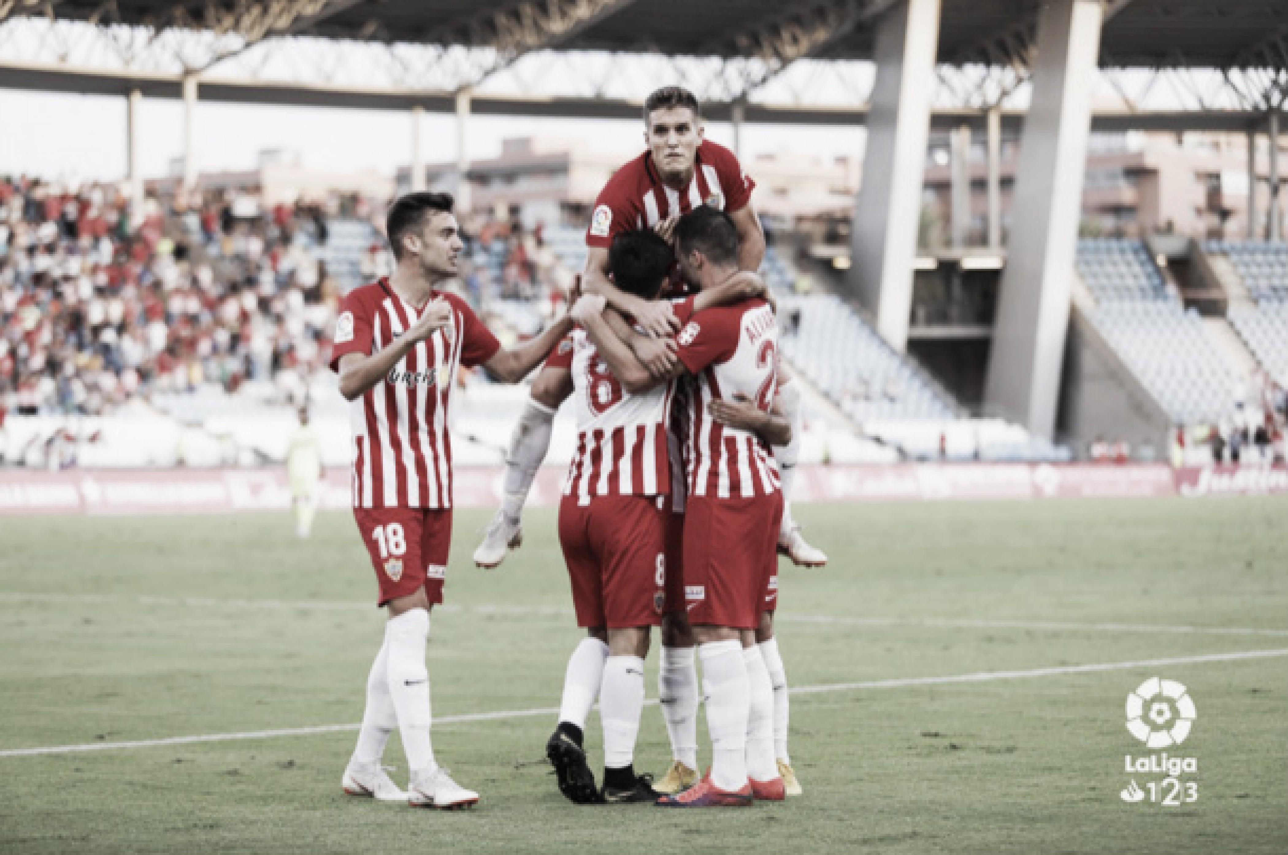 U.D. Almería, un mes frenético de competición