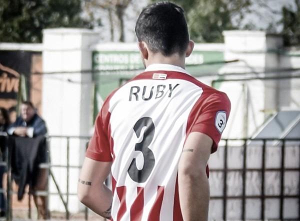 Rubén Atuse ficha por el Rayo Vallecano B