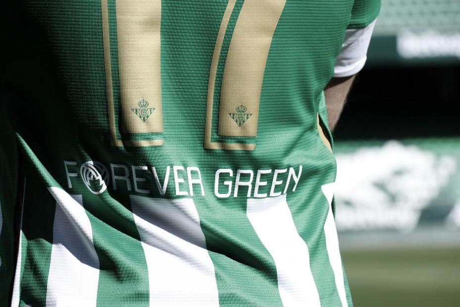 Forever Green en la camiseta del Betis | Fotografía: @joaquinarte