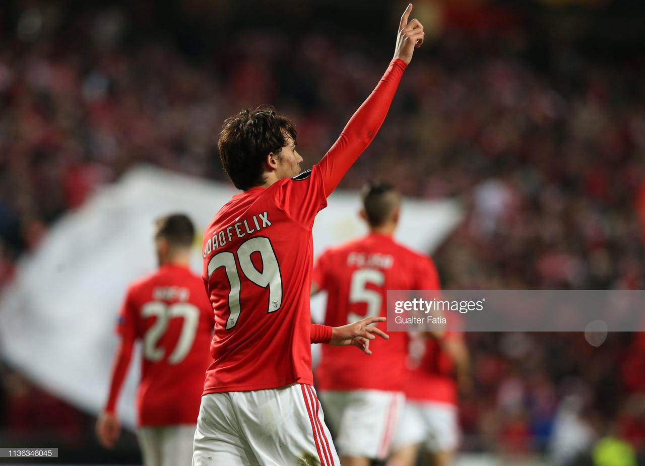 Benfica em vantagem para Frankfurt
