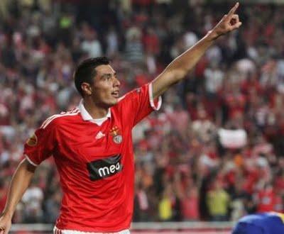 El Benfica busca asegurar la Champions