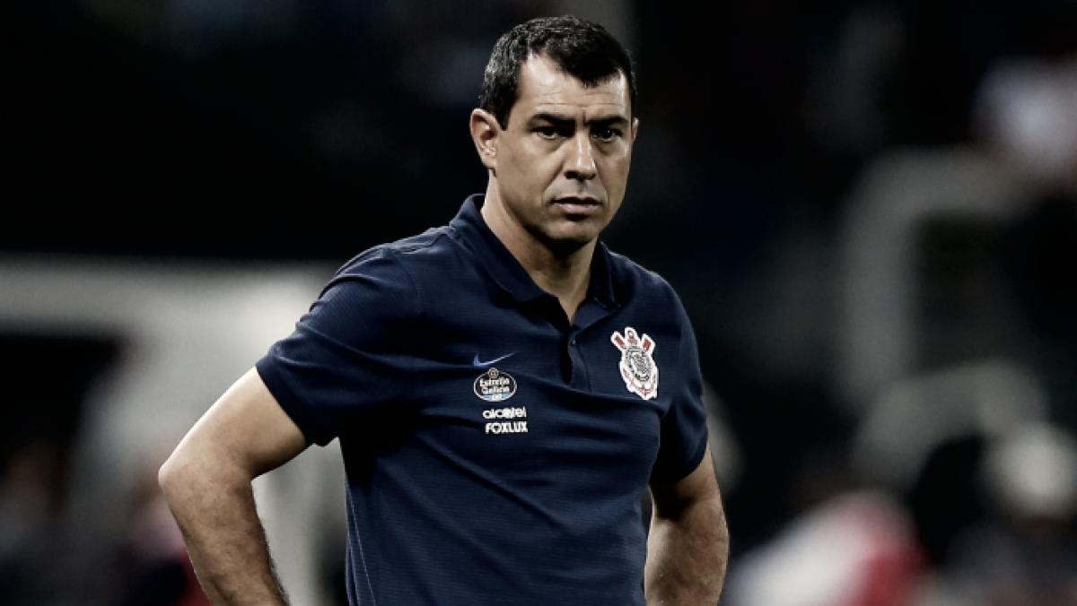 Carille vê Atlético-MG superior, mas critica arbitragem em derrota do Corinthians