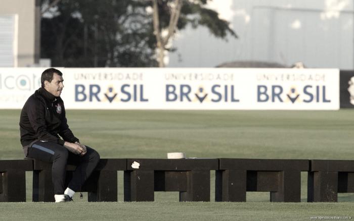 """Um """"acaso"""" de sucesso: a trajetória de Fábio Carille no Corinthians"""