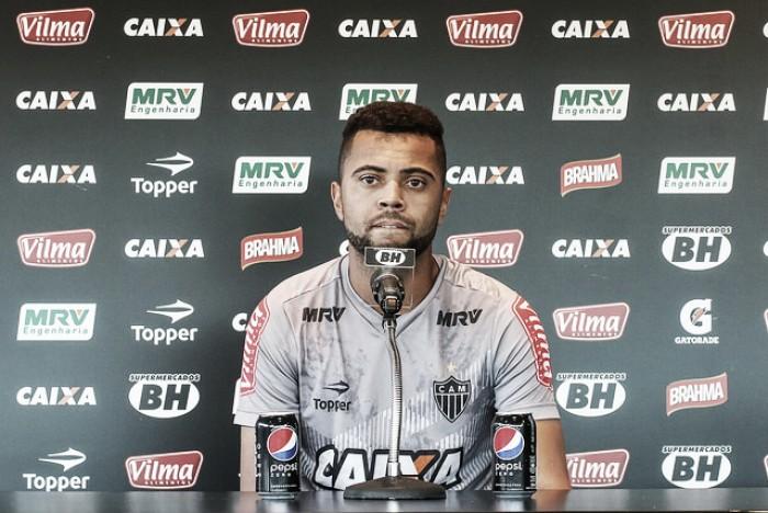 Quase lá: Rafael Carioca elogia evolução do Atlético-MG com Roger Machado