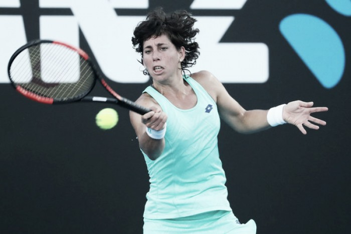 Carla Suárez salva el obstáculo de Babos y sigue adelante en Melbourne