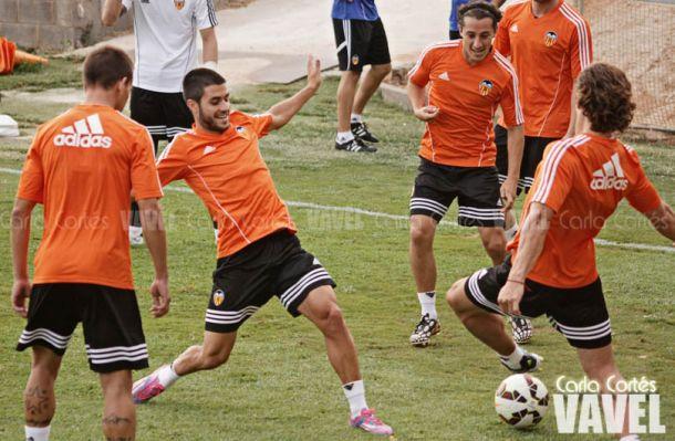 "Carles Gil: ""El objetivo del Valencia es la Champions"""
