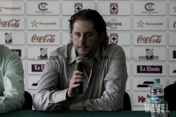 Carlos Gutiérrez quiere que el 'Coruco' pese