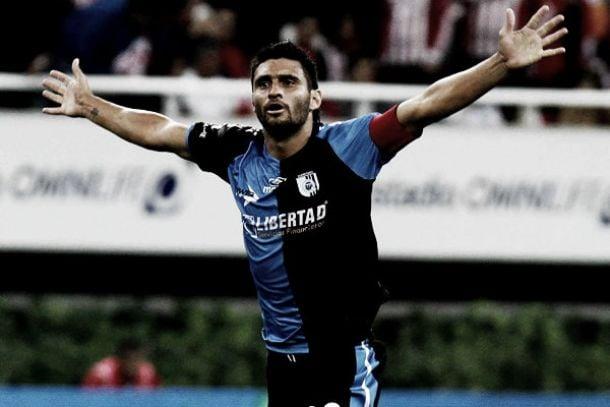 Carlos Bueno, el máximo goleador del Querétaro