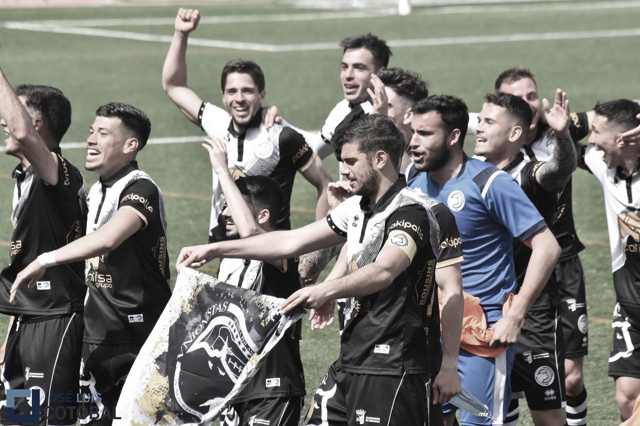 """Carlos de la Nava: """"En cuanto a Salamanca, va a ser el primer equipo de la ciudad, lo que es un gran paso para el club"""""""