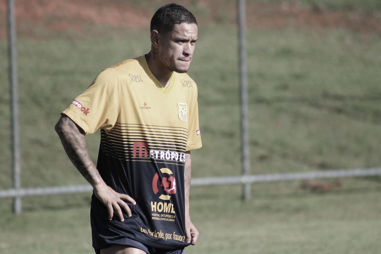 Carlos Eduardo destaca boa fase no Brasiliense e busca ano vitorioso