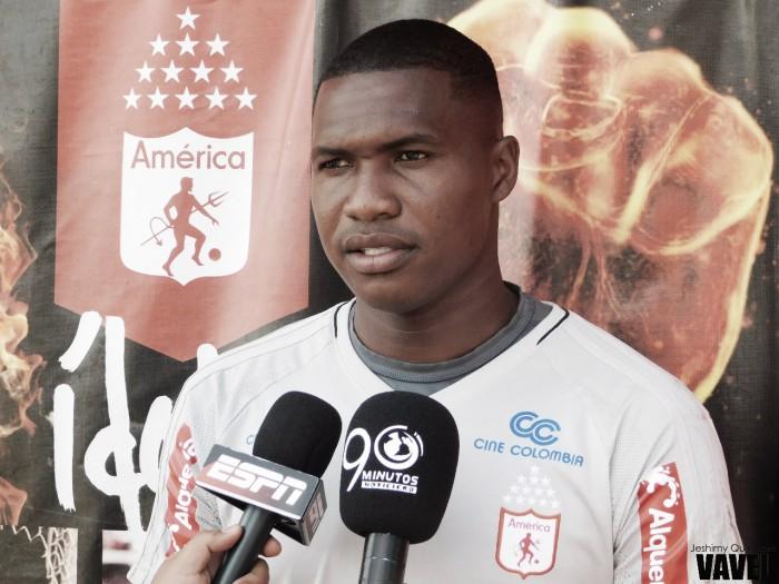 """Carlos Bejarano: """"Con los nuevos jugadores, vamos a tener un equipo con mucho más ataque y mucho más fútbol"""""""