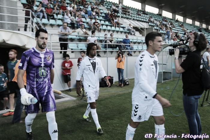 El Astorga firma al meta Carmona