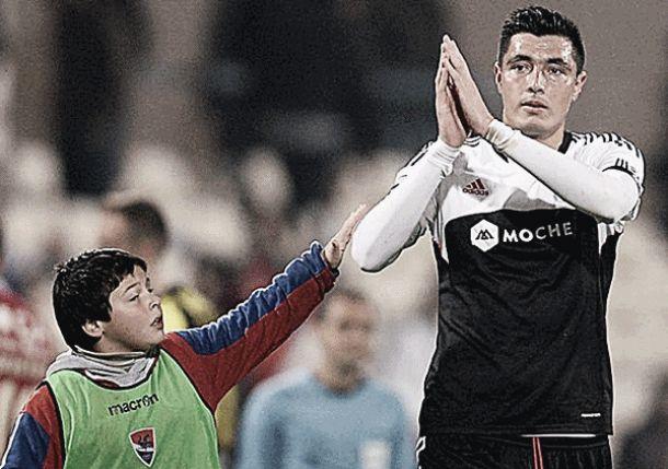 Cardozo fez o papel de vilão no empate em Barcelos